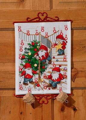 Embroidery kit Pixies adorn the tree