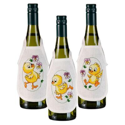 Embroidery kit Bottle aprons Chickens, 3 pcs