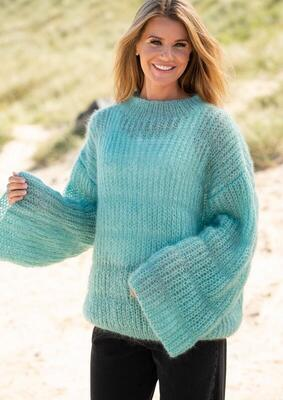 1807 Floating sweater with fisherman's rib stripes