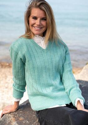 1805 Sweater with vertical eyelet rows